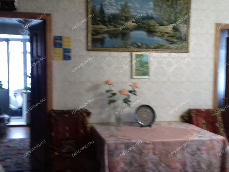 четырёхкомнатная квартира на улице Баренца дом 7
