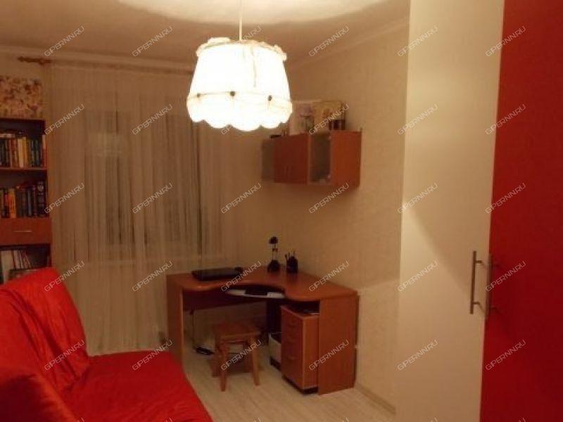 комната в доме 25 на улице Веденяпина