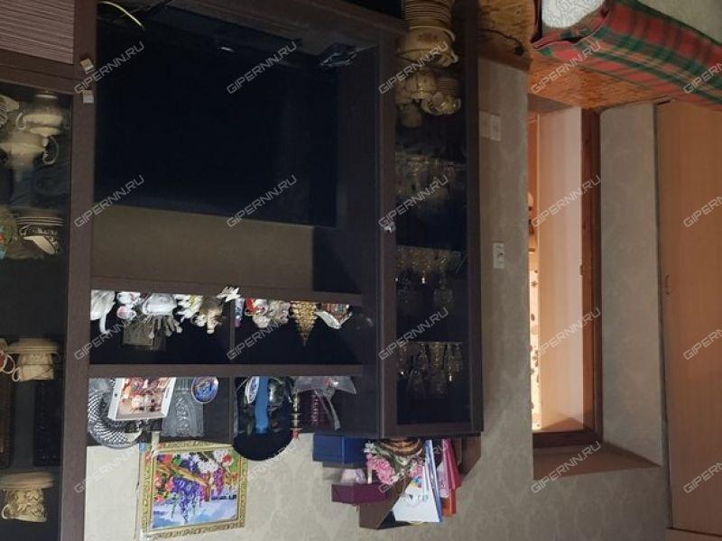 трёхкомнатная квартира на Ильинской улице дом 74