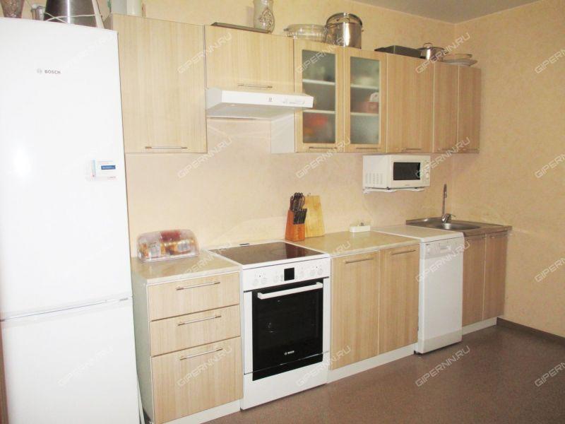 трёхкомнатная квартира на бульваре Южный дом 17